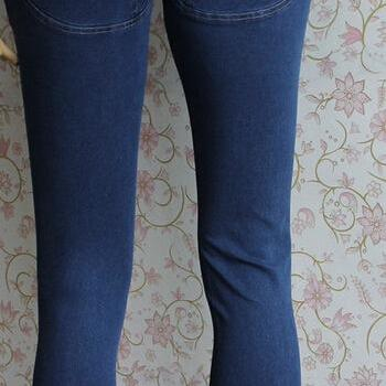 HOT CUTE JEANS SHOW BODY HIGH QUALI..