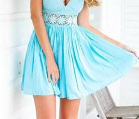 CUTE BLUE STRAPLESS DRESS