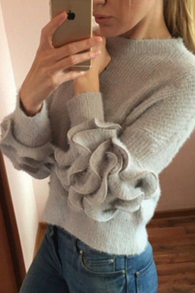 Loose female short sweater