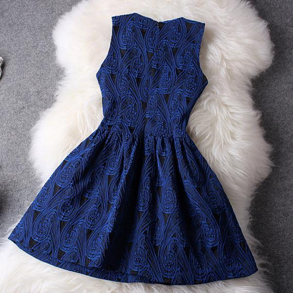 Hot blue show body elegant dress