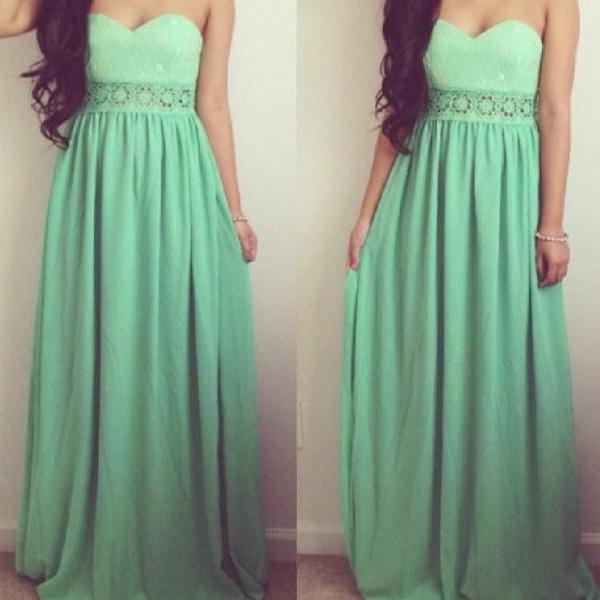 Hot green strapless lace waist dress